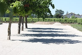 Parking du restaurant à pomerol
